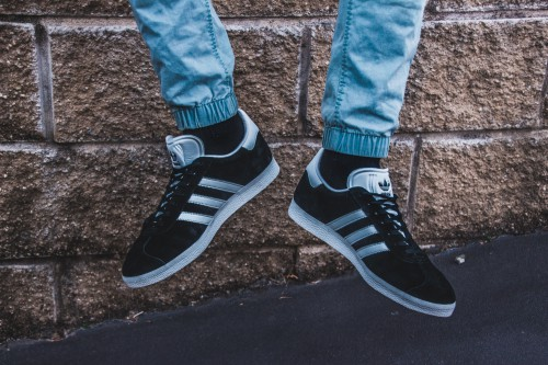 Footwear Shoe Sock Clothing Hosiery Shoes Lace Pair - Free Photo 1