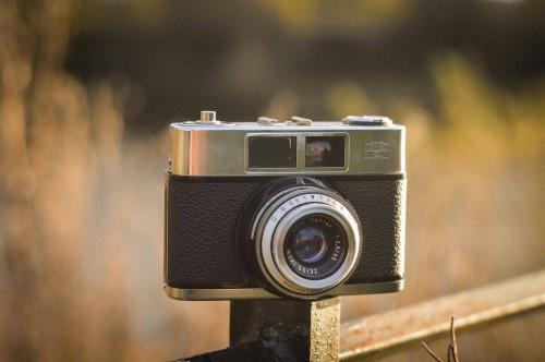 Camera Reflex camera Mechanism Equipment Lens Shutter Film advance Device Photography - Free Photo 1