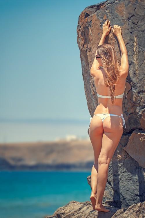 Bikini Swimsuit Sexy Body Beach Maillot Sand Vacation Attractive - Free Photo 1