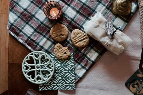 Fabric Brown Tartan Food Decoration Money Paper Bangle Fastener Currency - Free Photo 1