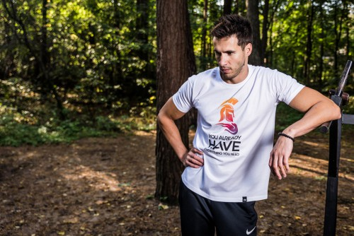 Runner Athlete Contestant Person Outdoors Man Male - Free Photo 1