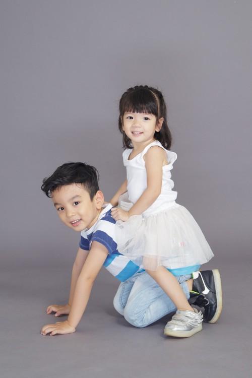 Domestic Child Parent Mother Happy - Free Photo 1