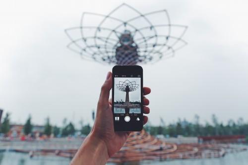 Business Technology Sky City Communication Shopping Man Hand Basket - Free Photo 1