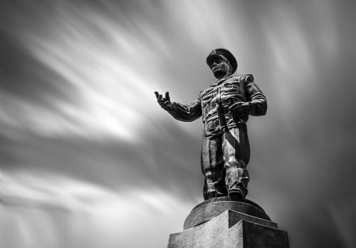 Statue Bronze Cemetery Monument Sculpture - Free Photo 1